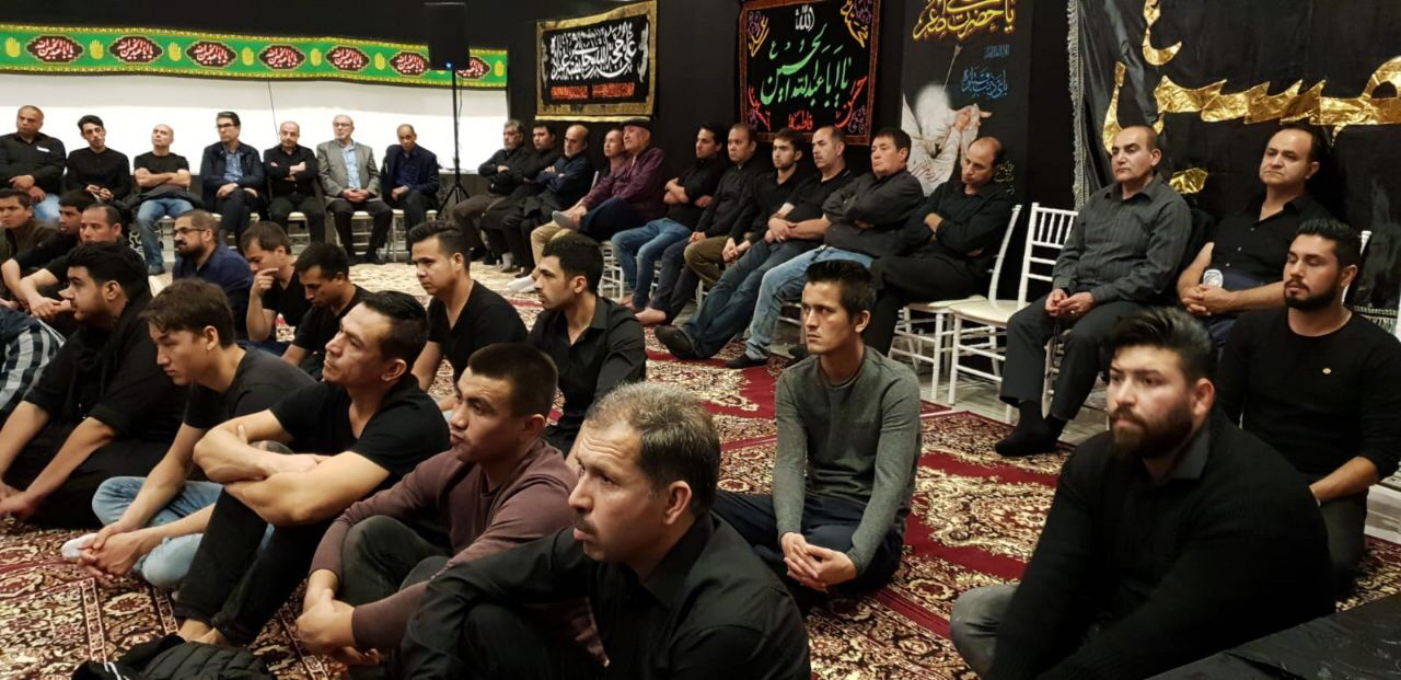 Muslims listening to the speech of Seyed Salehi during the events of the month of Muharram