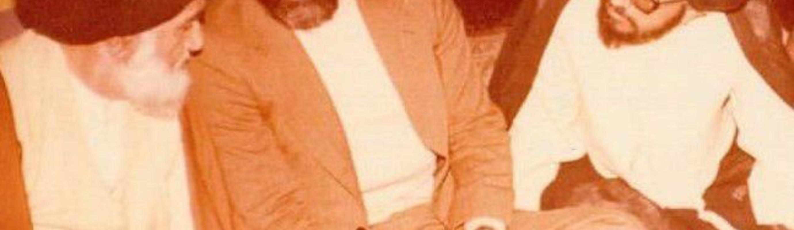 Deze post bevat een collectie van audiovisueel materiaal dat gedeeld is naar aanleiding van het recente heengaan van Hujjat Al-Islam Seyed Morteza Salehi Khansari.