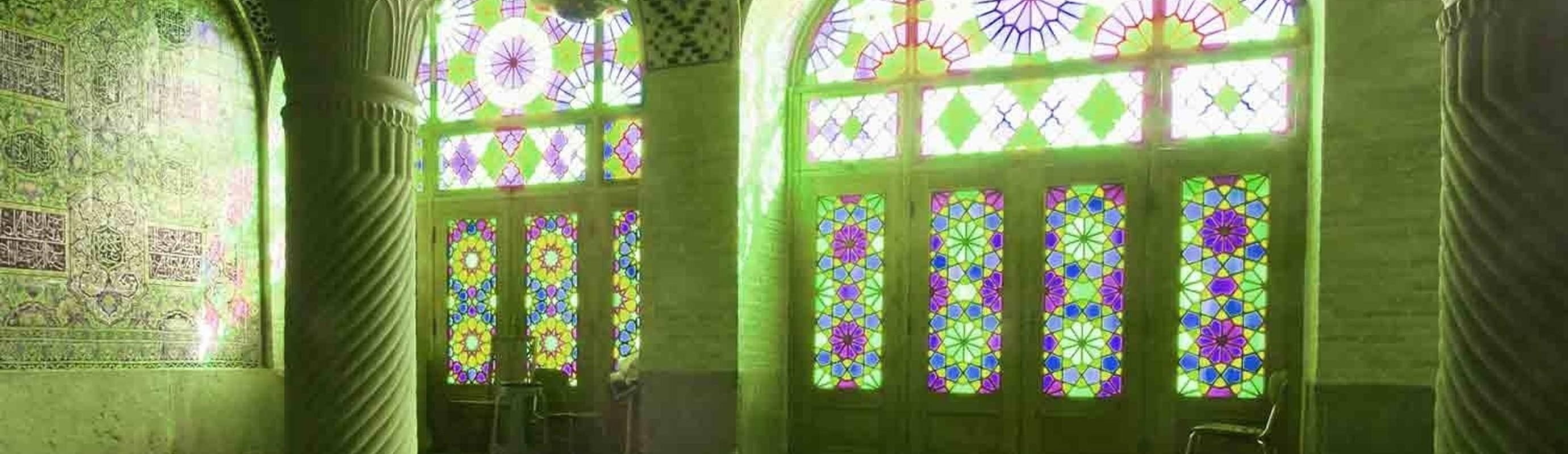 Katholieke priesters bezoeken Turkse moskee.
