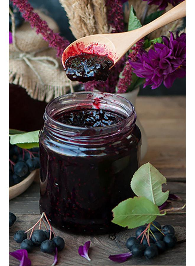 Doce de Aronia ou chokeberry natural com uma pitada de framboesa