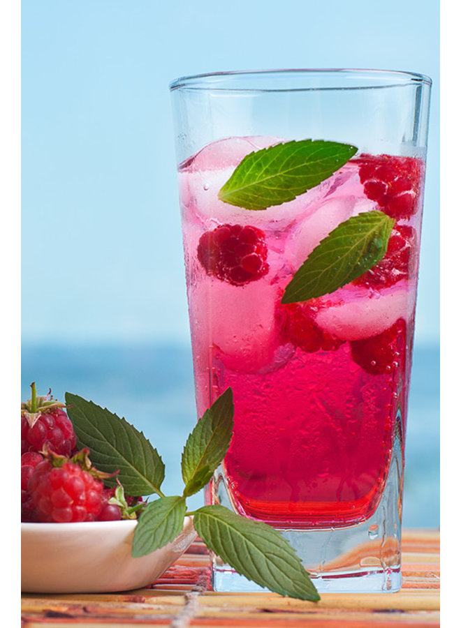 Organic raspberry sirup, tastes as no other sirope.