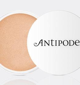 Antipodes Medium Beige 03 - mineral foundation SPF15 - 11g