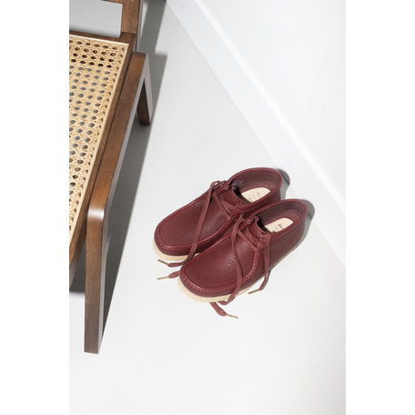 SPORTY & RICH WALLABEE