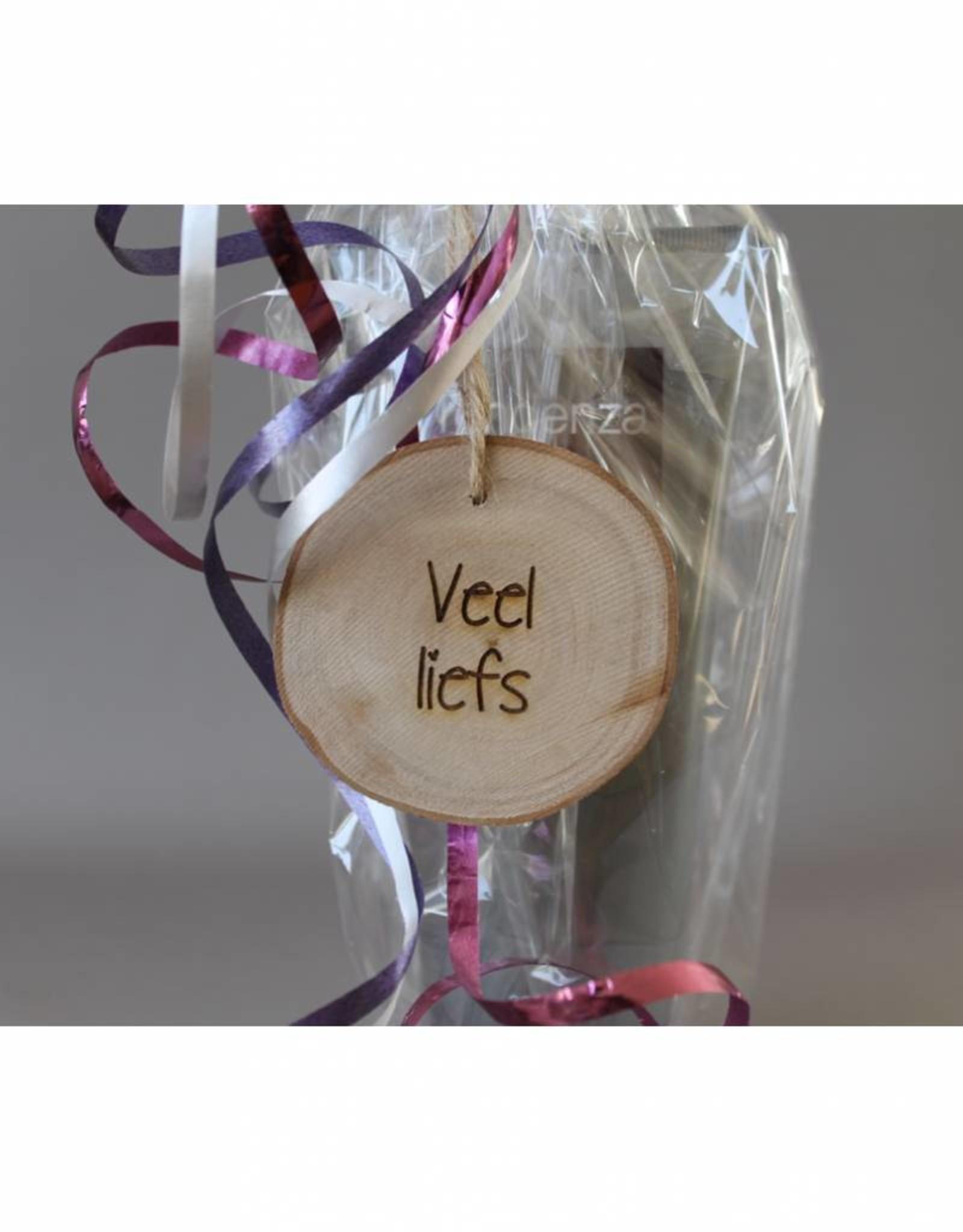 "Houten cadeau-label - ""Veel liefs"""