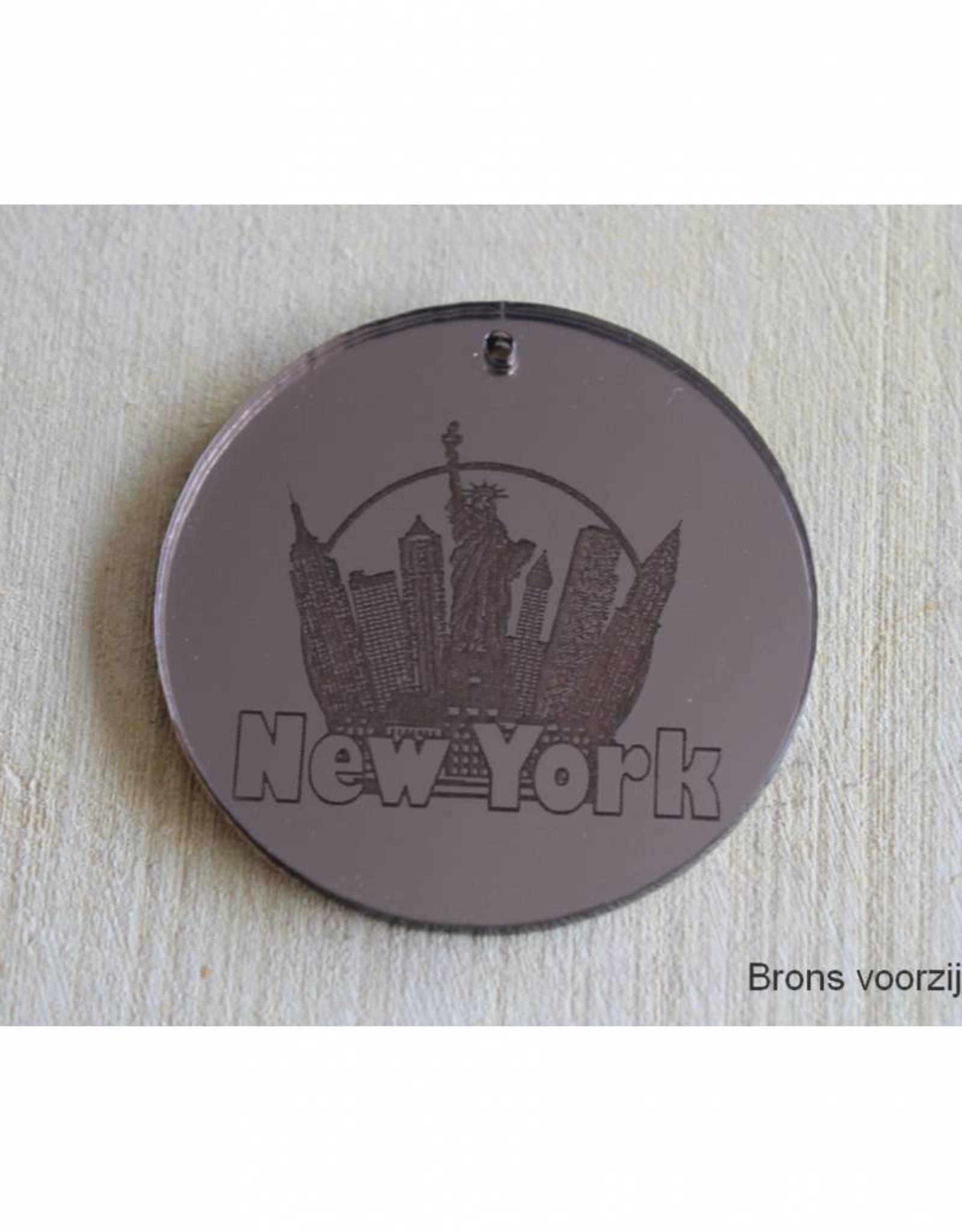 Trendy hanger New York