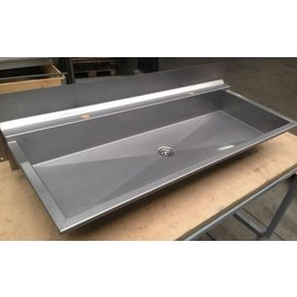 Washing trough with tap hole