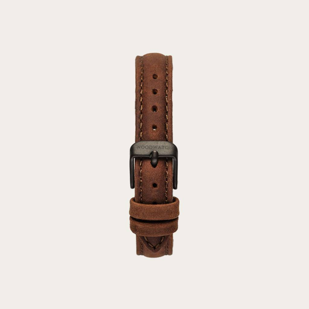 The Pecan Band is made of genuine leather and a metal buckle clasp and is naturally dyed with a light brown hue. The Pecan Band 14mm fits the AURORA Collection.
