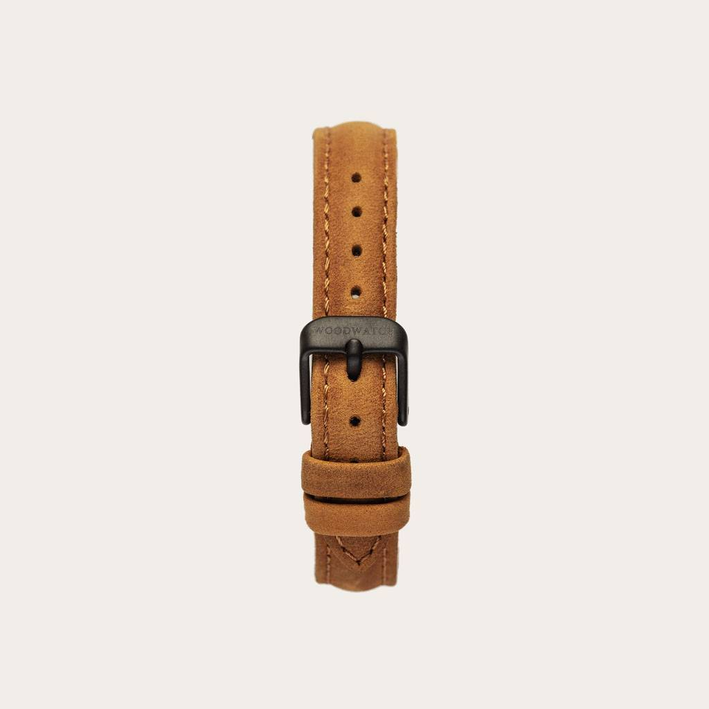 The Amber Band is made of genuine leather and a metal buckle clasp and is naturally died with a yellow hue.The Amber Band 14mm fits the AURORACollection.