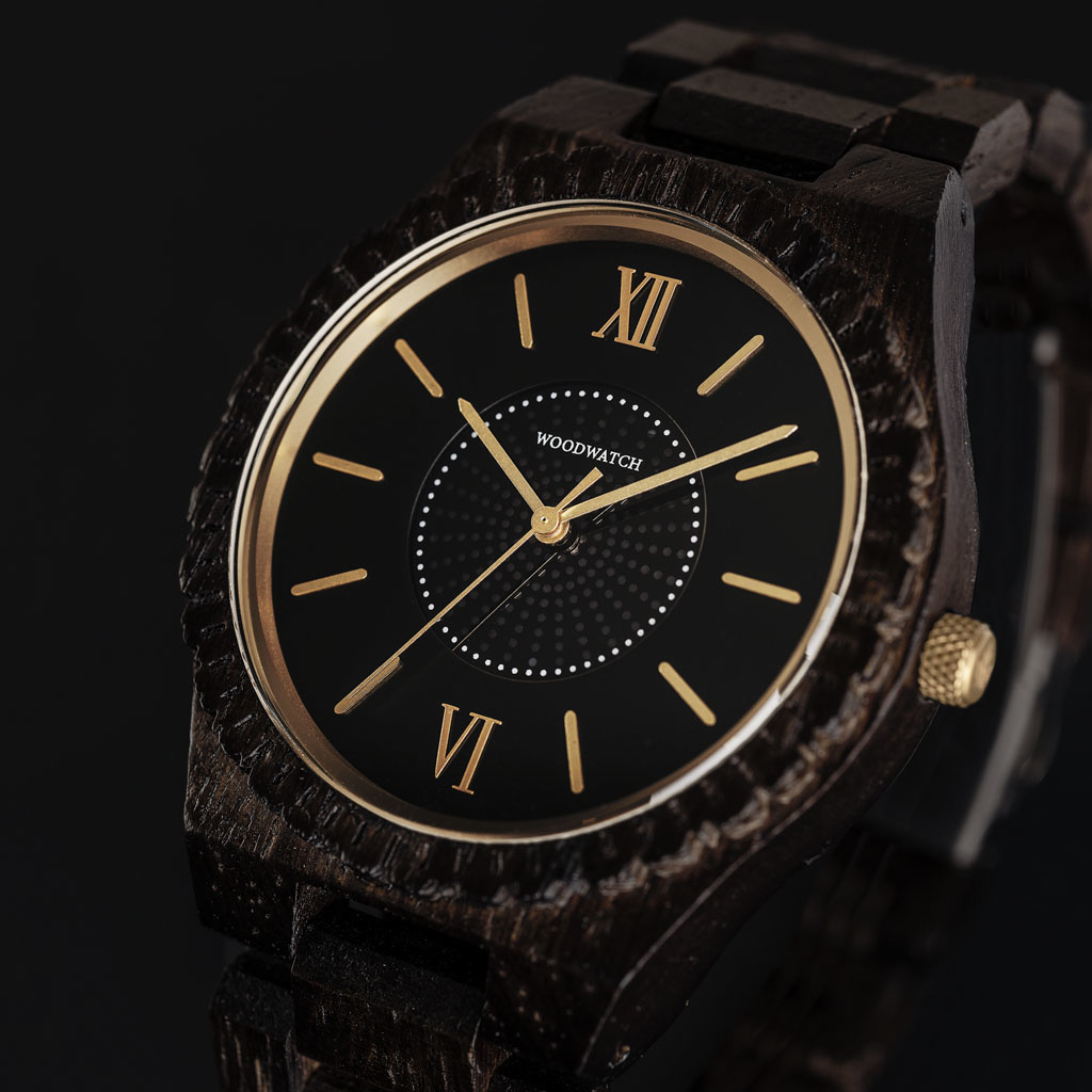 The ultimate sustainable watch. Our SOLAR watches contain a solar cell to convert any type of light into electricity, meaning you don't ever have to replace a battery or think about charging your watch. The GRAND SOLAR Neutron is made of Wenge Wood from E