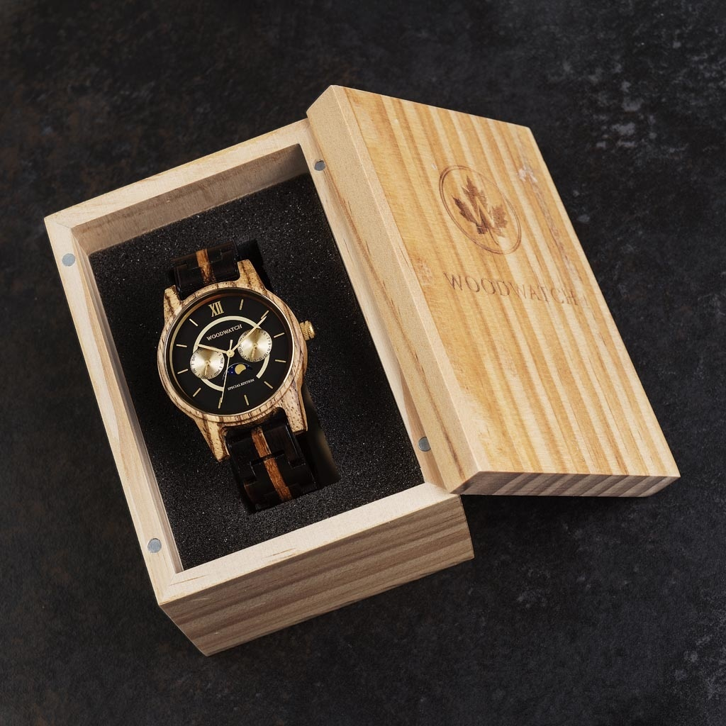 Now available in limited availability - our CLASSIC Special Edition. Made by hand from a unique combination of Ebony Wood from Eastern Africa and Zebrawood from Western Africa and featuring golden details. Only 100 pieces are available. Each watch is uniq