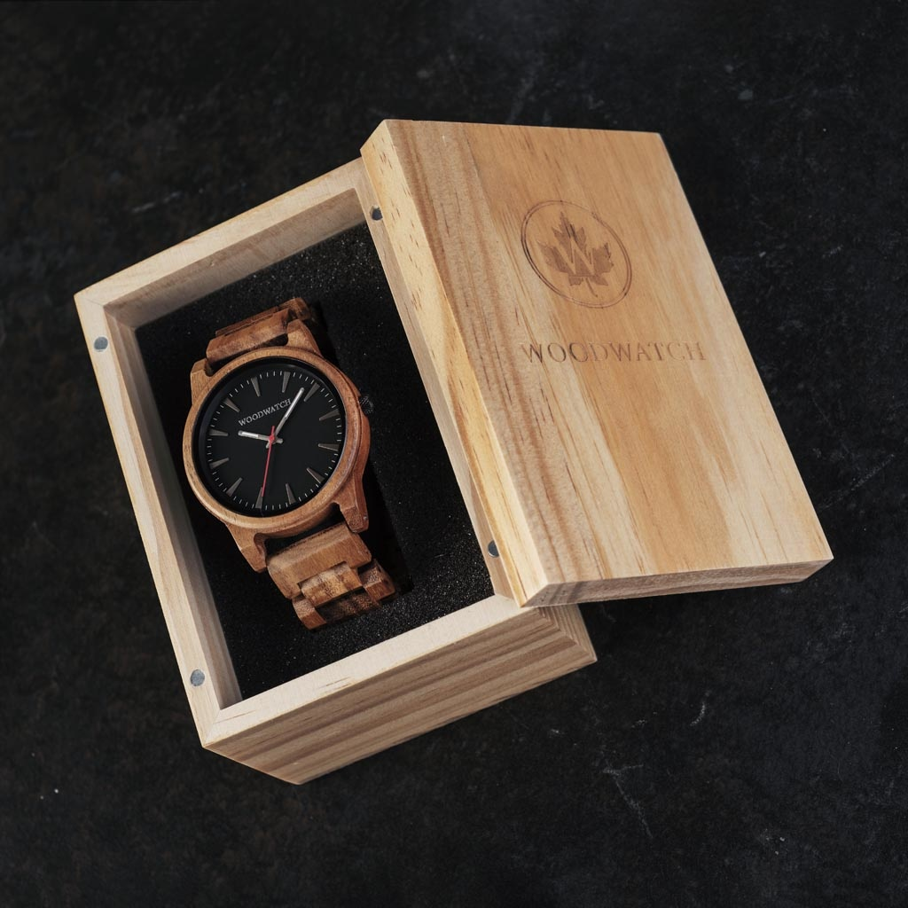 The Aero Acacia features a modernized minimal grey dial with bold details in a 45mm case. A wrist essential combining natural wood with stainless steel and sapphire coated glass. The Aero Acacia is handmade from natural Acacia wood from East Asia.