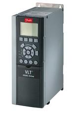 DANFOSS FC-102P1K5T4E20H1XNXXXXSXXXXAXBXCXXXXDX   1,5kW   frequentieregelaar met C1 filter