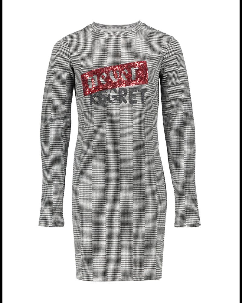 "Geisha Dress ""never regret"""