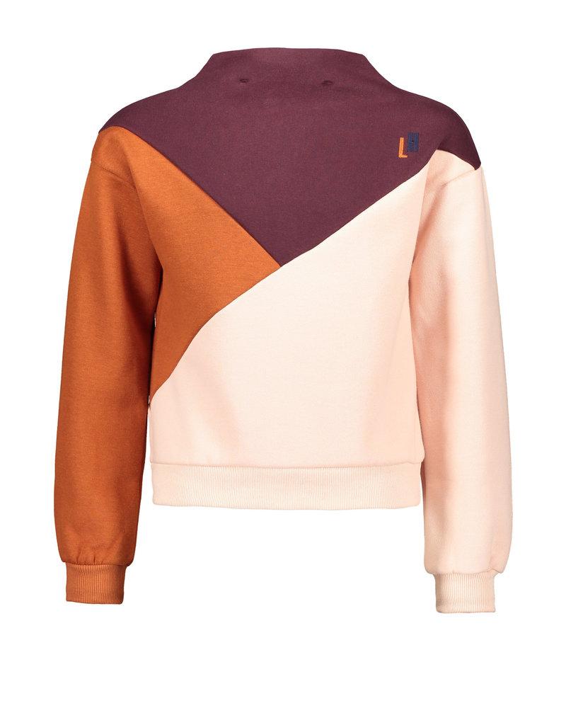 Street called Madison Luna colourblock sweater COLOR UP