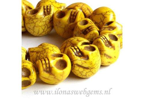 Howlite skulls yellow app. 18mm