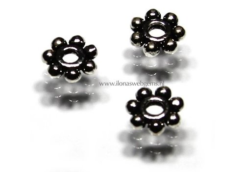 5 pieces sterling Silver Daisy spacer app. 8x2mm