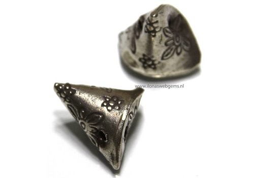 Hill tribe Silver bead app. 19mm