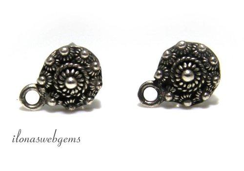 1 paar oorstekers Zeeuwse knop verzilverd