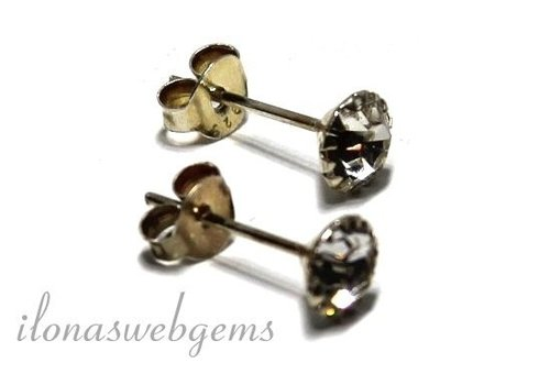 1 paar zilveren oorknopjes met Cubic Zirconia