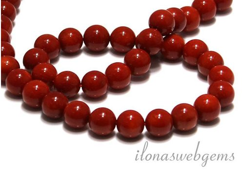 Coral beads red 'old Dutch' around 8mm