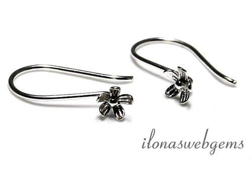 1 pair sterling Silver oorhookjes flower
