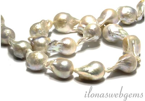 Baroque pearls / Baroque around 20-24x14-16mm