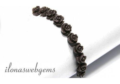 18 stuks Koraal roosje ca. 9x5mm (kraal)