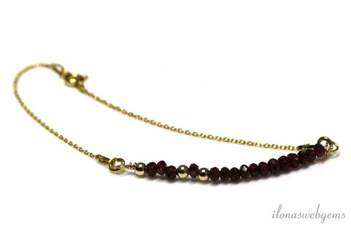 Inspiration bracelet with Garnet faceted roundels