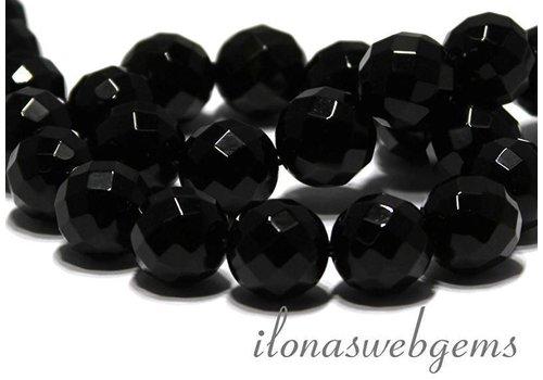 Onyx beads facet around 14mm