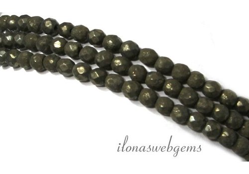 Pyrite beads faceted round 4mm
