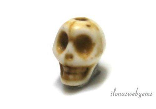 1 Howlite bead Skull ca.7x8mm