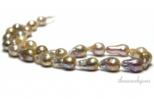 Baroque / Baroque pearls around 24-11x8mm