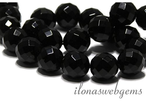 Onyx beads large facet about 18mm