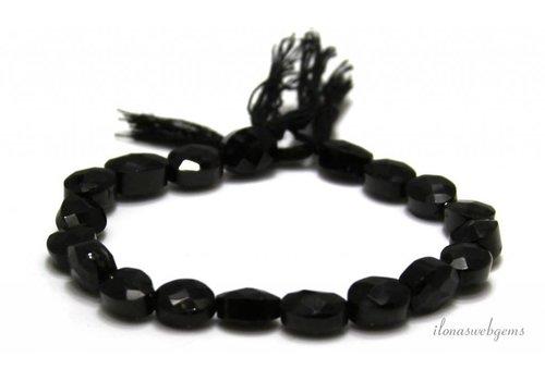 Schwarze Spinell Perlen facettiert oval 8x6.5mm