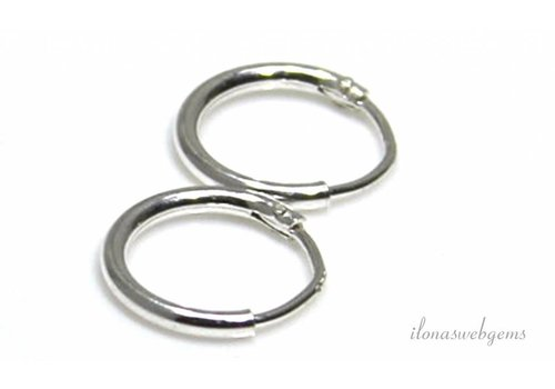 1 pair of sterling silver earrings approx. 10mm
