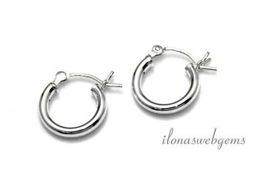 1 pair of sterling silver earrings approx. 12x2mm
