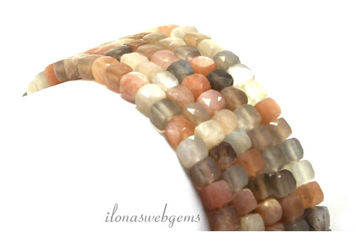 Moonstone faceted cube beads around 4x4x4mm