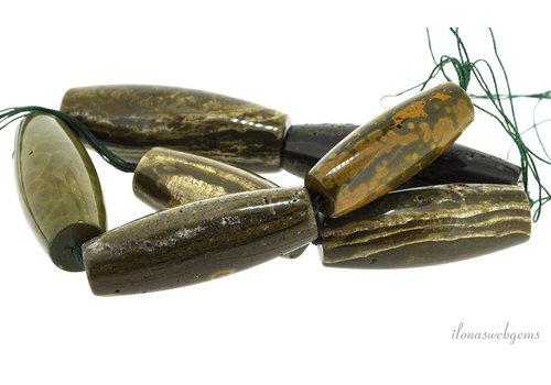 Agaat kralen olijf op- en aflopend van ca. 42x18 tot 60x22.5mm
