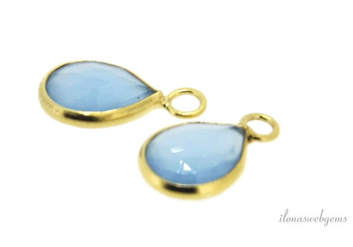 Gold plated pendant with chalcedony around 13x8mm