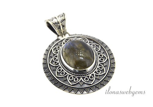 Sterling silver pendant with Labradorite around 44x36mm