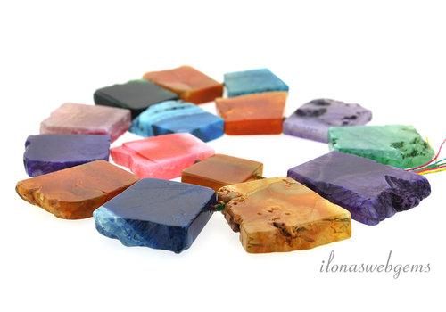 Agaat choker verschillende kleuren op- en aflopend van ca. 26x25x7 tot 43x37x8mm