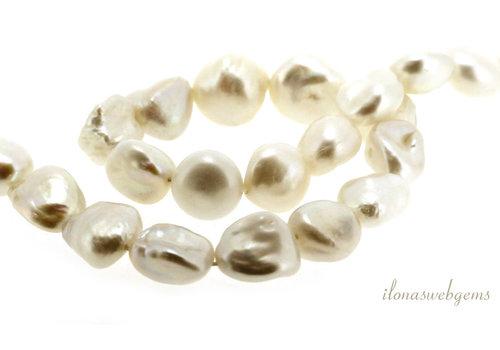Baroque pearls around 10x6mm