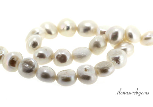 Baroque pearls around 10x9x7mm