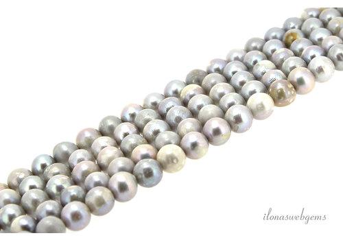 Zoetwaterparels rond zilver ca.7.5mm