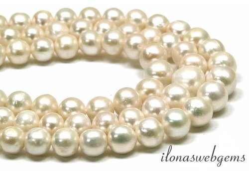 Freshwater pearl choker ascending and descending from approx. 12 to 17mm