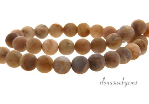 Agate beads around mat about 8mm