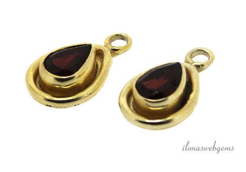 14 carat Vermeil pendant with Garnet about 15x9x4mm