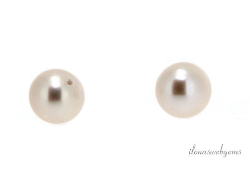 1 pair Freshwater pearls half drilled round about 10mm AA quality