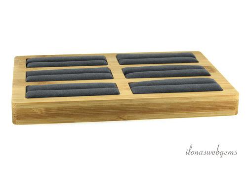Bamboe display voor ringen