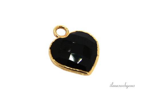 Minimalist 18 krt Vermeil Onyx pendant heart about 12x10x4mm